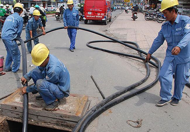 4 nhà mạng hạ ngầm cáp thêm 16 tuyến phố Hà Nội