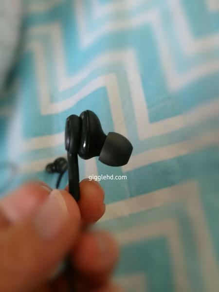 Đây có phải là tai nghe của Galaxy S8?