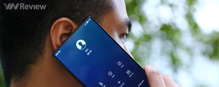 """Điểm danh 7 mẫu smartphone """"không viền"""" ấn tượng nhất"""
