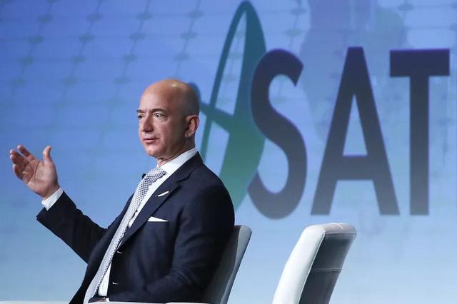 Amazon đã vượt qua nguy cơ phá sản để trở thành công ty 400 tỷ đô như thế nào?