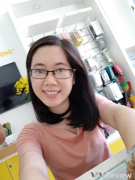 Cận cảnh Samsung Galaxy S8 đầu tiên tại Việt Nam
