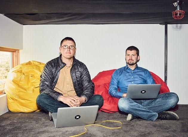 Những điều ít biết về iFixit, công ty bị Apple căm ghét