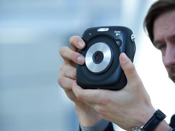 Fujifilm Instax Square SQ10: Chụp ảnh lấy ngay, cho phép lưu file - ảnh 5