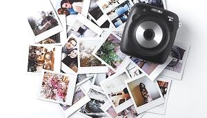 Fujifilm Instax Square SQ10: Chụp ảnh lấy ngay, cho phép lưu file