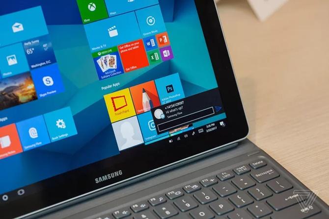 Tablet lai laptop Samsung Galaxy Book có giá từ 630 USD