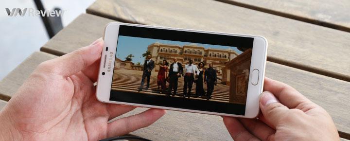 """Đánh giá pin Samsung Galaxy C9 Pro: đủ xem 8 lần """"Fast & Furious 7"""" một lần sạc"""