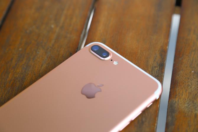 Nguồn cung chậm trễ, iPhone 8 bị dời đến cuối năm?