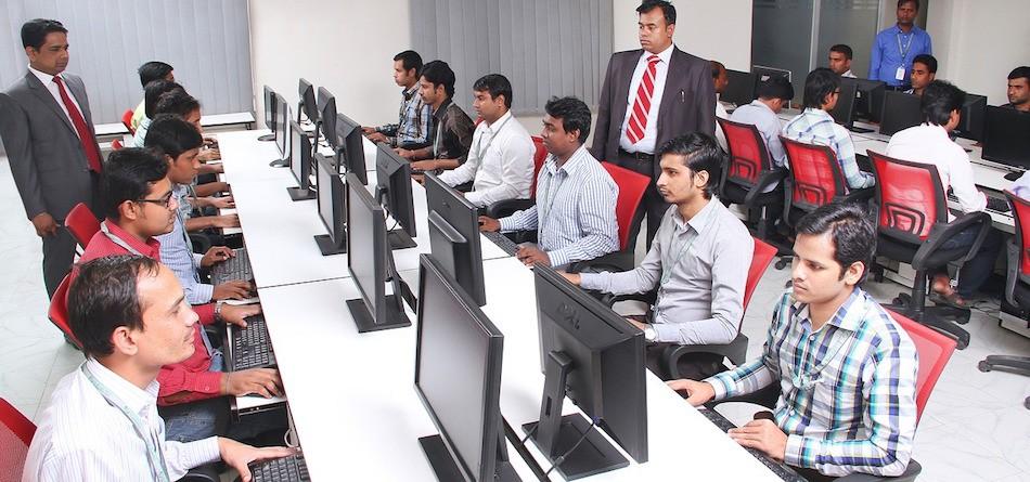Chưa đầy 5% sinh viên CNTT Ấn Độ đủ trình độ làm ngành phần mềm