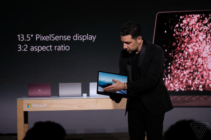 Microsoft giới thiệu Surface Laptop, giá 999 USD, chạy Windows 10 S