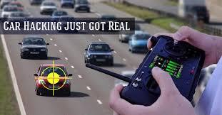 Xem màn hack xe hơi y hệt như trong phim Fast and Furious
