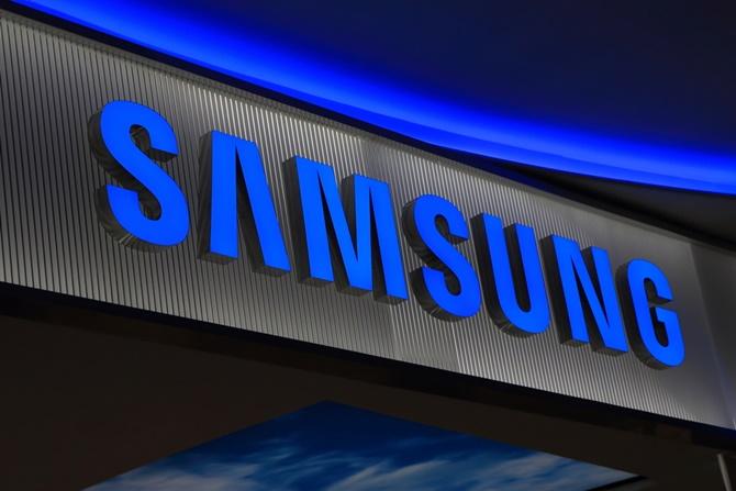 Doanh số smartphone của Samsung giảm hơn một nửa ở Trung Quốc trong Q1