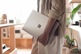 Sếp Microsoft giải thích lý do ra mắt Surface Laptop