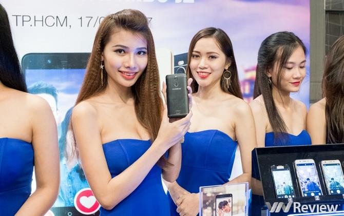 """Mobiistar ra mắt bộ đôi smartphone """"selfie cho mọi người"""""""
