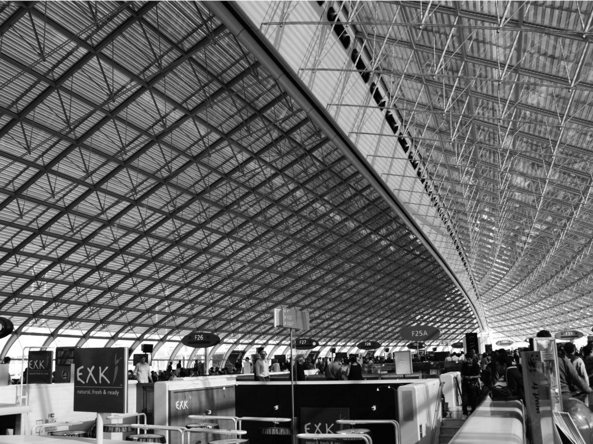 Tân Sơn Nhất và Nội Bài lọt top 100 sân bay bận rộn nhất thế giới 2016 - ảnh 11