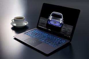 Vaio ra laptop dành cho người yêu thích xe Mercedes
