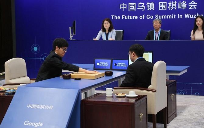 Sau khi giành được thắng lợi vẻ vang đó, trí thông minh nhân tạo này đã  quyết định sẽ rời xa những trận thi đấu cờ vây. Các nhà phát triển AlphaGo  ...