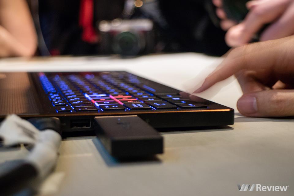 Asus RoG Zephyrus - Laptop dùng GTX 1080 mỏng nhất thế giới - 189927