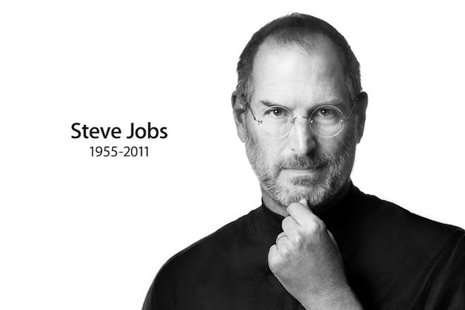 """Chưa chắc đã là như vậy. Steve Jobs quả thật là một trong những nhà lãnh đạo công nghệ vĩ đại nhất lịch sử loài người, nhưng ông cũng có những quan niệm sai lầm có thể đã giết chết Apple từ 3, 5 năm trước.  Chưa chắc đã là như vậy. Steve Jobs quả thật là một trong những nhà lãnh đạo công nghệ vĩ đại nhất lịch sử loài người, nhưng ông cũng có những quan niệm sai lầm có thể đã giết chết Apple từ 3, 5 năm trước.  Những khoảnh khắc đã đi vào lịch sử.  Không một tín đồ công nghệ chân chính nào có thể phủ nhận tài năng của Steve Jobs. Với tầm nhìn độc đáo dành cho công nghệ, ông đã đóng góp một phần rất quan trọng vào rất nhiều cuộc cách mạng công nghệ lớn: PC (Apple II), đồ họa trực quan (Macintosh), nhạc số, cửa hàng trực tuyến, máy nghe nhạc cá nhân (iPod), smartphone cảm ứng (iPhone), laptop siêu mỏng (MacBook Air) và tablet (iPad). Với từng đột phá, nhà sáng lập của Apple liên tục mở ra những danh mục điện toán con người chưa từng nghĩ đến, thay đổi hoàn toàn cách tương tác giữa máy móc và người dùng.   Và từ khi Steve Jobs ra đi, Apple vẫn chưa thể thực sự tạo ra một cuộc cách mạng công nghệ nào cả. Apple Watch, Apple TV mới (với watchOS), AirPods, iPad Pro... tất cả đều là những sản phẩm có thể dễ dàng thu hút sự chú ý của người hâm mộ. Nhưng tất cả những sản phẩm ấy đều không thể khiến các fan hâm mộ trầm trồ như khi iPhone hoặc iPad ra đời.   Vì lý do này, không khó để hiểu nhiều người vẫn mang suy nghĩ rằng Apple sẽ tốt hơn rất nhiều nếu vẫn còn Steve Jobs. """"Apple của Steve Jobs vẫn còn có hy vọng, chứ Apple của ngày nay chẳng có gì đáng chú ý cả"""", họ nói.  Nhưng sự thật không hề đơn giản như vậy.   Chưa chắc đã là như vậy. Steve Jobs quả thật là một trong những nhà lãnh đạo công nghệ vĩ đại nhất lịch sử loài người, nhưng ông cũng có những quan niệm sai lầm có thể đã giết chết Apple từ 3, 5 năm trước.  Nếu Steve Jobs còn lãnh đạo Apple, chưa chắc iPhone 6 Plus và iPad Mini đã ra đời.  Lý do ư? Bất chấp vai trò là một trong những nhà lãnh đạo công nghệ quan trọng"""