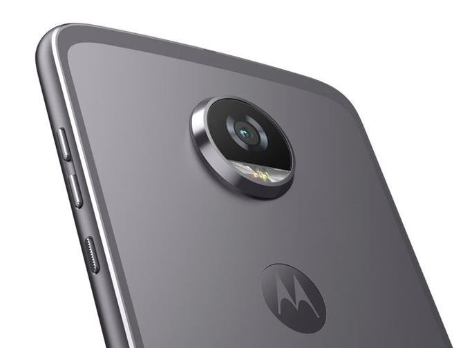 Moto Z2 Play chính thức: mỏng, nhẹ và nhiều phụ kiện
