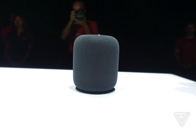Cận cảnh loa không dây Apple HomePod tích hợp trợ lý ảo Siri
