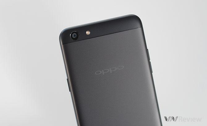 Oppo F3 có thêm bản màu đen nhám, giá mới 6,99 triệu đồng