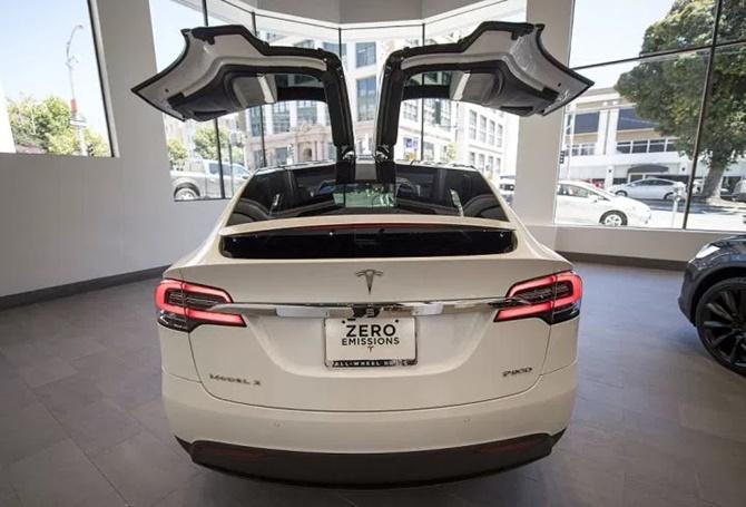 Elon Musk thừa nhận sai lầm trong quá trình phát triển Model 3