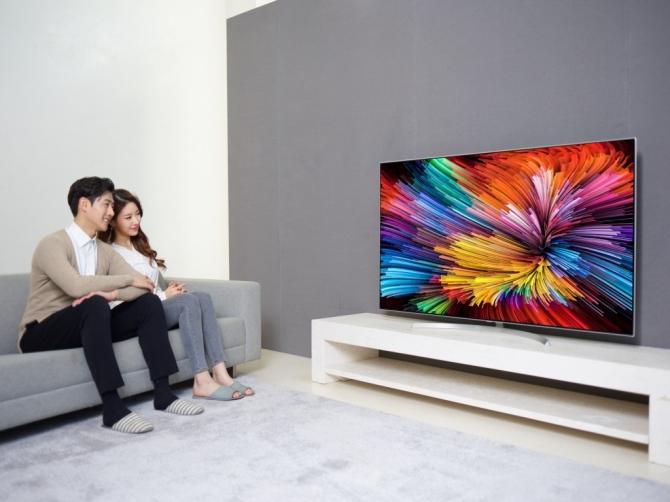 LG sẽ đưa hơn một chục model TV cao cấp 2017 về Việt Nam trong tháng 7