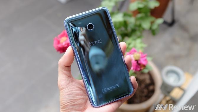 Việt Nam là 1 trong 10 quốc gia nhận bản HTC U11 có 6GB RAM, 128GB ROM