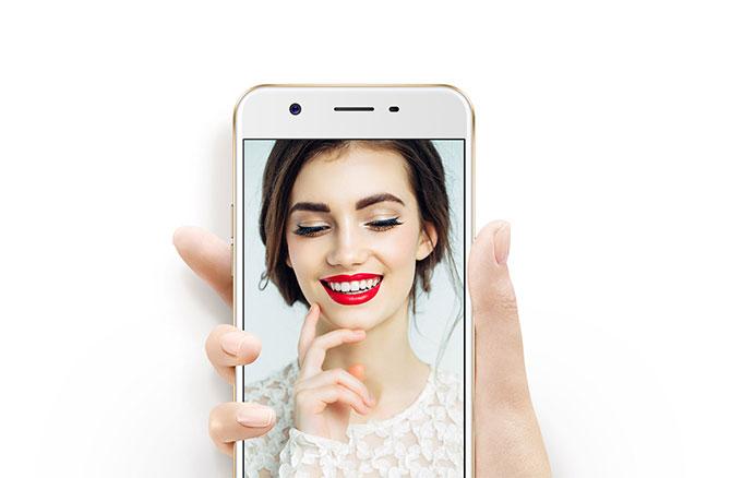 Oppo F3 Lite: camera tự sướng 16MP, giá 5,49 triệu đồng, bán từ ngày 13/6