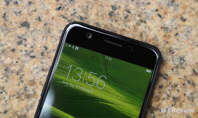 Mở hộp Oppo F3 Lite vừa lên kệ: 5,49 triệu đồng