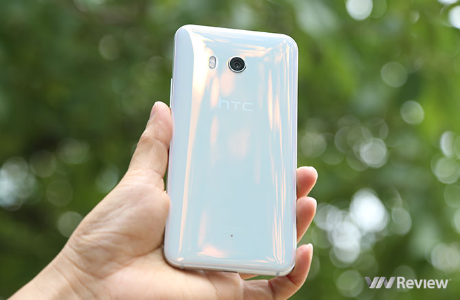 Đánh giá nhanh HTC U11: hoàn thiện rất tốt, chạy mượt -  - Đánh giá