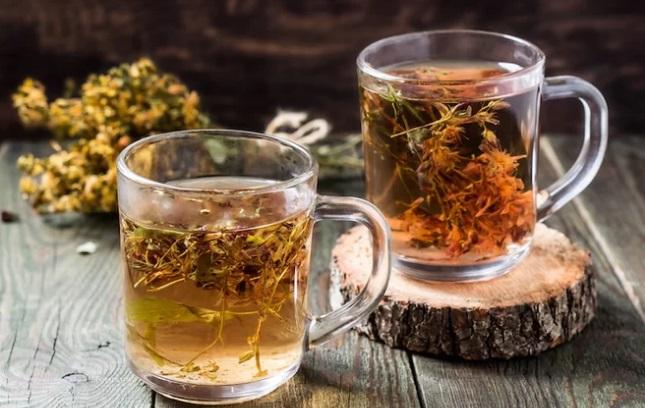 Uống trà từ cỏ thánh John quá liều có thể là nguyên nhân khởi phát...