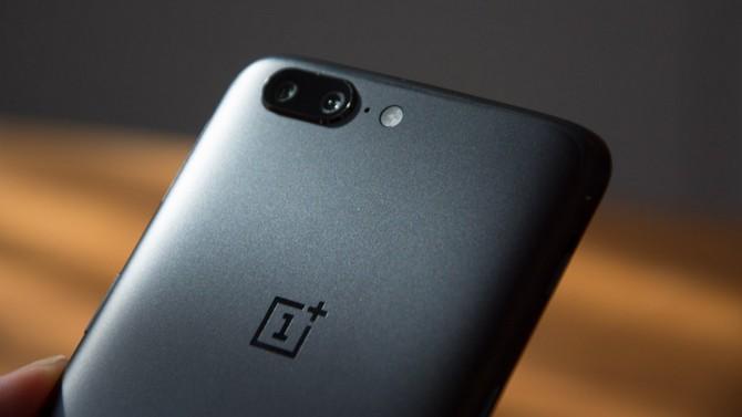 OnePlus 5 ra mắt: chip Snapdragon 835, RAM 6/8GB, camera kép, giá từ 479 USD
