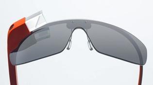 Google Glass nhận bản cập nhật sau 2 năm, Google vẫn đang làm kính thông minh?