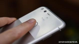 HTC có thể sẽ là nhà sản xuất Pixel 2 và Pixel XL 2