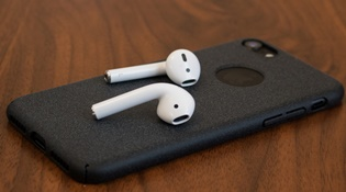 AirPods mang lại nhiều lợi nhuận hơn so với Apple Watch