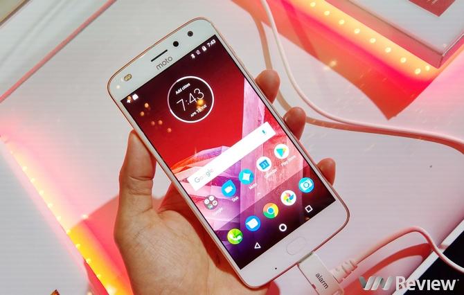 """Moto Z2 Play ra mắt tại Đông Nam Á cùng bộ """"đồ chơi"""" Moto Mods mới"""