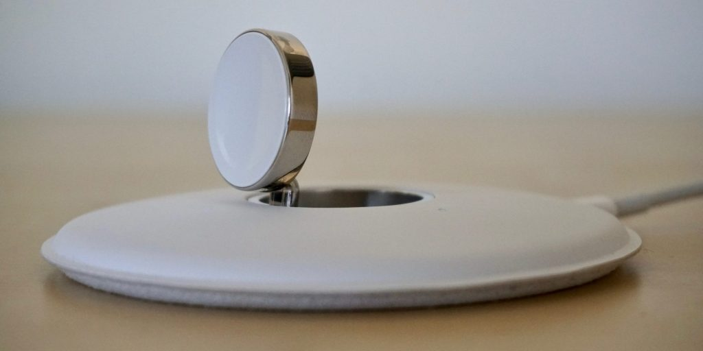 Phụ kiện sạc không dây chưa sẵn sàng khi iPhone 8 ra mắt