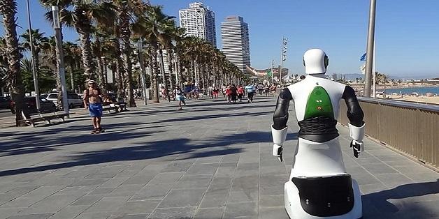 Robocop xuất hiện ngoài đời thực, vẫn chưa thể bắt tội phạm