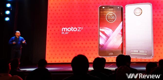 Moto Z2 Play tại Việt Nam giá 11 triệu đồng, bán kèm bộ Moto Mods mới