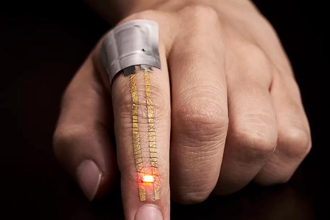 Đây là thiết bị đeo siêu mỏng được cấy trực tiếp vào da - ảnh 1