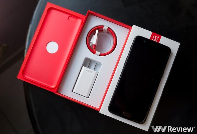Trên tay OnePlus 5 bản 8GB RAM tại Việt Nam