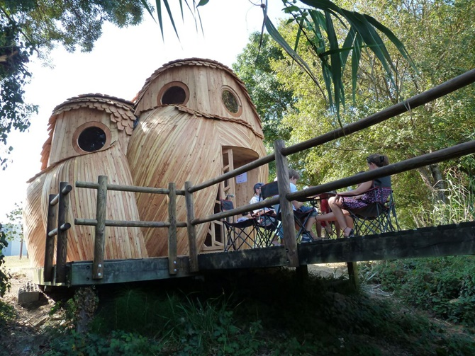 Ngộ nghĩnh với ngôi nhà hình chim cú giữa thiên nhiên