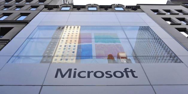 Surface, LinkedIn và đám mây giúp Microsoft hồi phục doanh thu