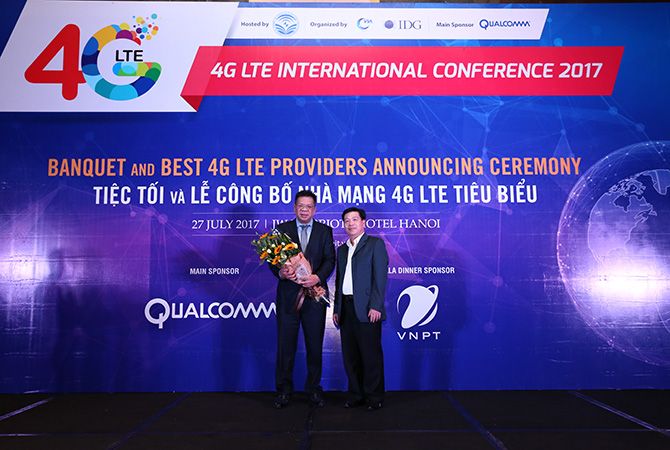 """Bình chọn dịch vụ 4G: MobiFone đạt giải """"Nhà mạng có chất lượng dịch vụ 4G tiêu biểu"""""""