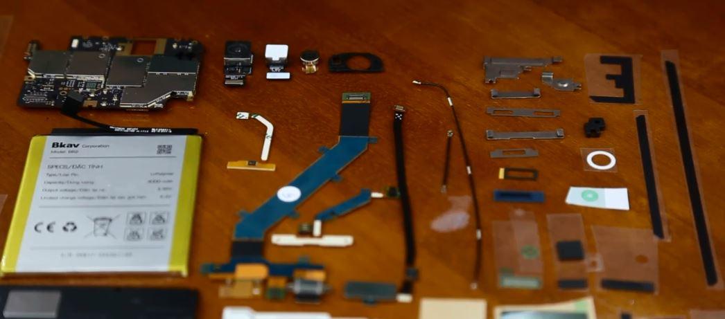 Lộ diện loạt linh kiện Bphone 2: Camera Sony, cảm biến vân tay 1 chạm, USB type C