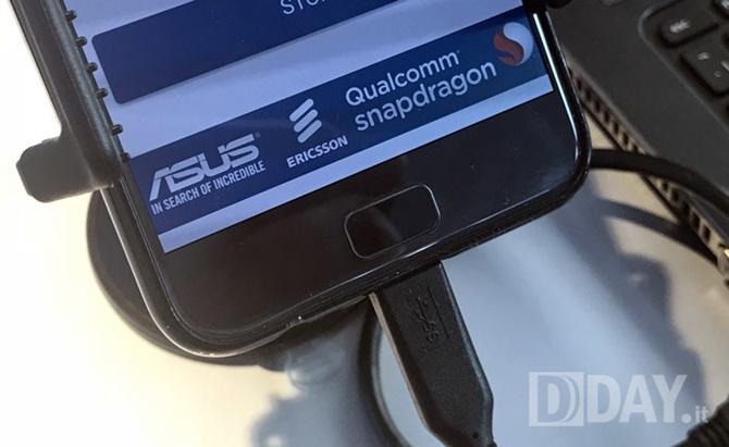 Lộ diện hình ảnh thực tế của Asus ZenFone 4 Pro với camera kép, zoom 2x, chạy Android 7.1.1 Nougat