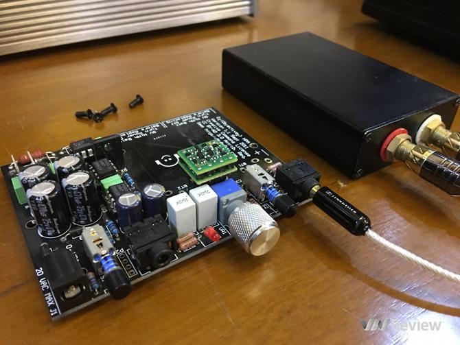 Với mức giá lên tới 80 USD, Sparko SS3602 hiện đang là một trong những mẫu op-amp đắt tiền nhất có mặt trên thị trường. Tuy vậy, trong trường hợp của chiếc op-amp này, đắt thực sự xắt ra miếng.