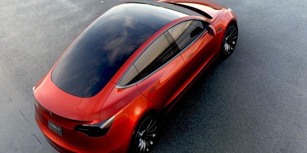 Tesla Model 3 không chỉ là một mẫu xe điện, đó là một cuộc cách mạng