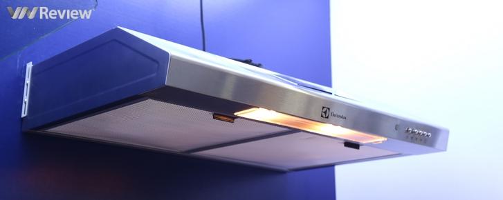 Trải nghiệm máy hút mùi Electrolux EFT7516X: hút mùi nhanh, độ ồn vừa phải